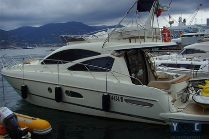 Cranchi Atlantique 43 for sale in Italy for €250,000 (£221,331)