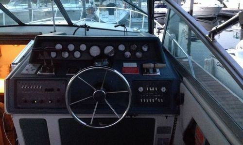 Image of Sea Ray 340 Express Cruiser for sale in United States of America for $35,000 (£25,492) Warwick, Rhode Island, United States of America