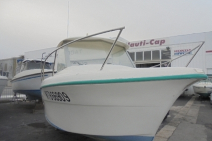 Ocqueteau 575 for sale in France for €4,500 (£3,961)