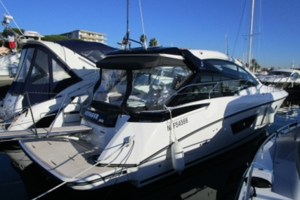 Beneteau Gran Turismo 40 for sale in France for €335,000 (£293,579)