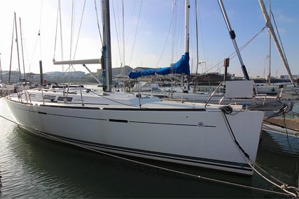 Dufour 425 Grand Large for sale in Belgium for €134,000 (£117,377)