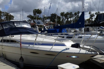 Sea Ray 340 Sundancer for sale in United States of America for $25,000 (£19,859)
