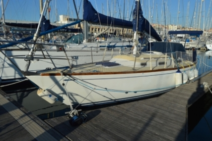 Wauquiez Centurion 32 for sale in Portugal for €21,000 (£18,430)