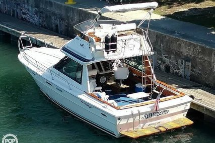 Sea Ray SRV 300 Sport Bridge for sale in United States of America for $15,000 (£10,593)