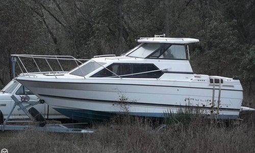 Image of Bayliner Ciera 2452 Express for sale in United States of America for $15,000 (£11,799) Riddle, Oregon, United States of America