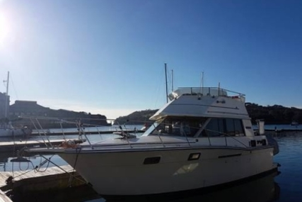 Carver Yachts CARVER 3007 for sale in United Kingdom for £15,000