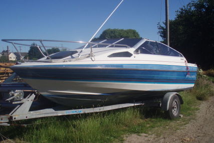 Bayliner CAPRI for sale in Ireland for €8,950 (£7,820)