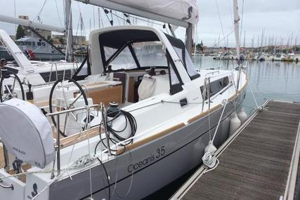 Beneteau Oceanis 35 for sale in Ireland for €125,000 (£111,085)