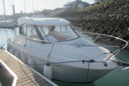 Beneteau Antares 680 HB for sale in France for €31,500 (£27,772)