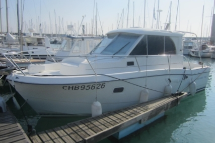 Beneteau Antares 760 for sale in France for €29,000 (£25,568)