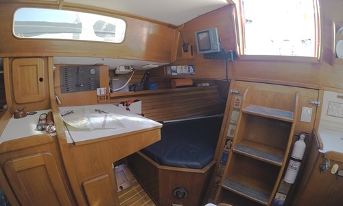 Image of Morgan/Catalina Center Cockpit 382 for sale in United States of America for $43,900 (£33,097) Newport Beach, CA, United States of America