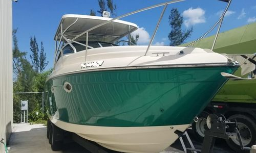 Image of Rinker Fiesta Vee 270 for sale in United States of America for $27,000 (£20,702) Medley, Florida, United States of America