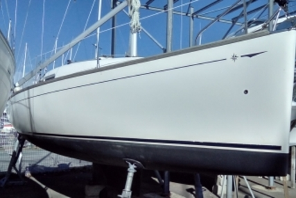 Jeanneau Sun 2500 for sale in France for €18,000 (£15,736)