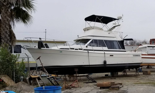 Image of Bayliner 3270 Motor Yacht for sale in United States of America for $17,500 (£12,459) Oakley, California, United States of America