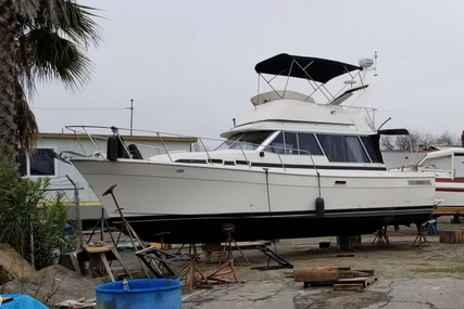 Bayliner 3270 Motor Yacht for sale in United States of America for $17,500 (£13,183)