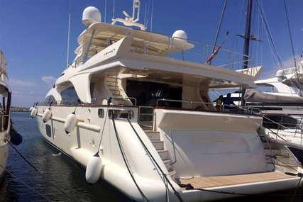 Azimut 105 for sale in Spain for €3,500,000 (£3,086,692)
