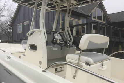 Boston Whaler 240 Dauntless for sale in United States of America for $88,900 (£63,291)
