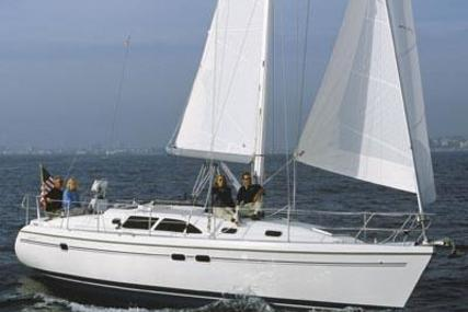 Catalina 387 for sale in United States of America for $164,500 (£124,660)