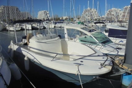 Jeanneau Cap Camarat 7.5 Cc for sale in France for €27,900 (£24,264)