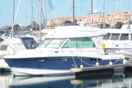 Beneteau Antares 9.80 for sale in France for €69,900 (£61,180)