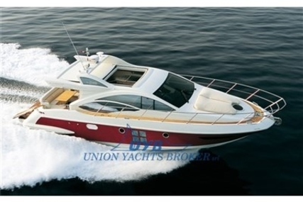 Azimut 43 S for sale in Italy for €290,000 (£255,676)