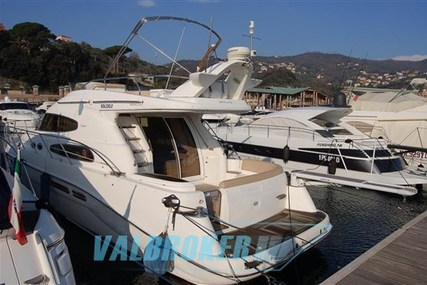 Sealine T47 for sale in Italy for €195,000 (£169,714)