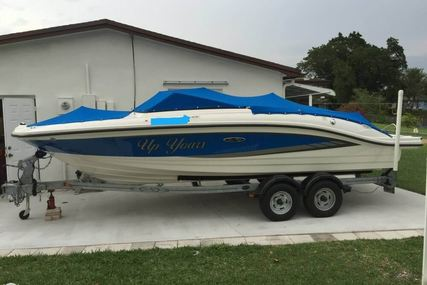 Sea Ray 210 SPX for sale in United States of America for 40.500 $ (31.203 £)