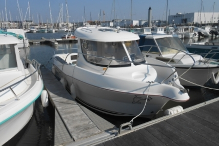 Arvor 215 for sale in France for €21,100 (£18,440)