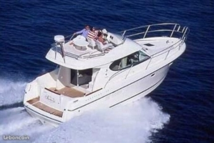 Prestige 32 for sale in France for €79,000 (£68,706)