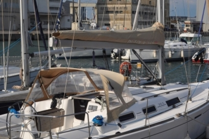 Dufour 365 Grand Large for sale in France for €80,000 (£69,576)