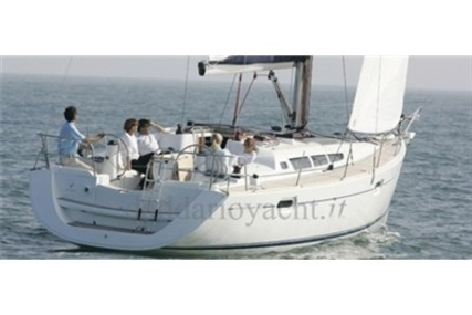 Jeanneau Sun Odyssey 42i for sale in Italy for 125.000 € (109.285 £)