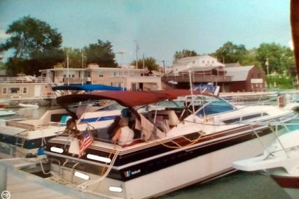 Wellcraft St Tropez 3200/EX for sale in United States of America for $16,000 (£11,916)