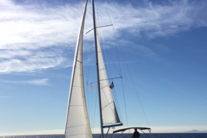 Beneteau Oceanis 34 for sale in France for €83,000 (£72,846)