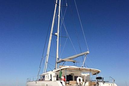 Lagoon 450F for sale in Spain for €450,000 (£393,264)
