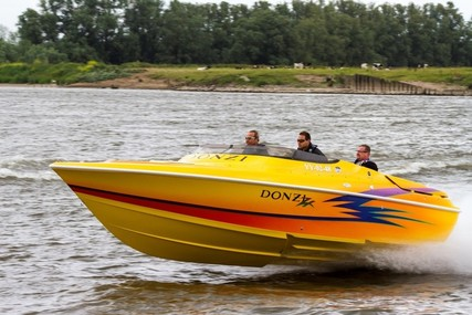 Donzi 26 ZX - like new DEMO - Poker Run edition 525 EFI for sale in Netherlands for €65,500 (£57,313)