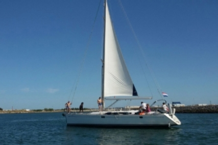 Jeanneau Sun Odyssey 49 for sale in Portugal for €125,000 (£110,239)