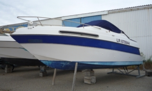 Image of Four Winns Vista 238 for sale in France for €8,000 (£7,202) LE BARCARES, France