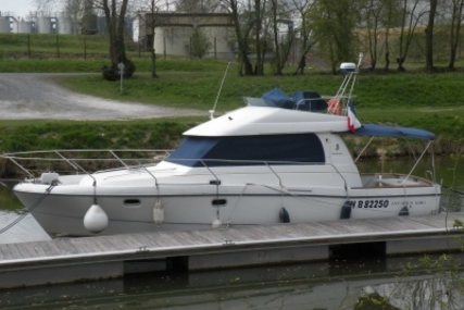 Beneteau Antares 10.80 for sale in France for €57,000 (£51,265)