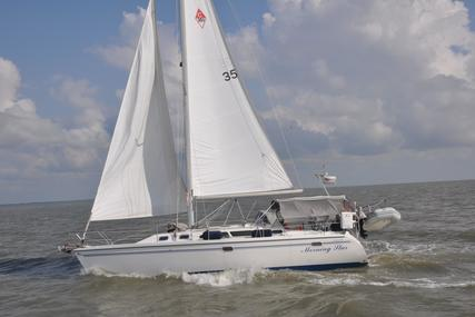 Catalina 350 for sale in United States of America for $114,999 (£82,406)