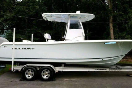 Sea Hunt Triton 240 for sale in United States of America for $66,200 (£46,752)