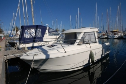 Jeanneau Merry Fisher 645 for sale in France for €24,200 (£21,047)