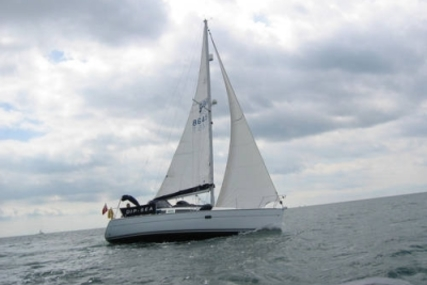 Jeanneau Sun Odyssey 32 for sale in United Kingdom for £44,950