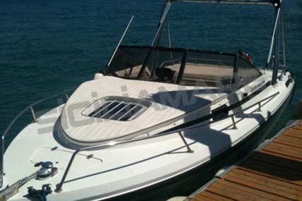 Lambromarine 24 for sale in Italy for €11,800 (£10,341)