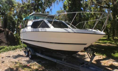 Image of Bayliner Ciera 2452 Express for sale in United States of America for $15,000 (£10,711) Kissimmee, Florida, United States of America