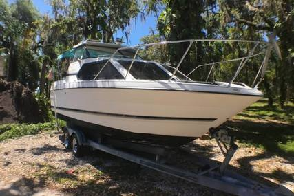 Bayliner Ciera 2452 Express for sale in United States of America for $15,000 (£11,367)