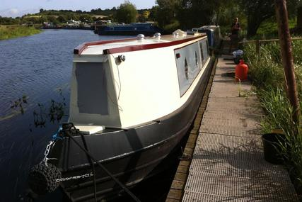 Under Offer Lying Away Phoenix 5 40ft trad built by White Bear Marine for sale in United Kingdom for £28,995