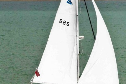 Performance Cruising (US) Gemini 105MC for sale in United Kingdom for £92,750