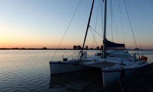 Image of Outremer (FR) Outremer 40/43 for sale in France for €189,000 (£165,376) Süd-, France