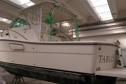 Rampage 30 Express for sale in Italy for €90,000 (£78,330)