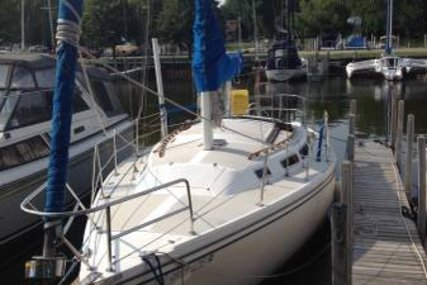 Catalina 30 for sale in United States of America for $17,499 (£12,393)